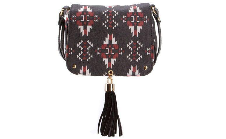 XAA ikat bag for R $ 216.00 in Farfetch