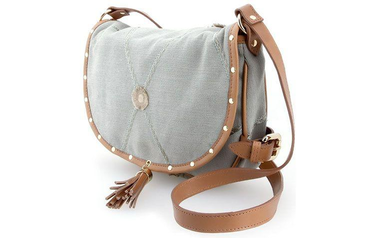 leather bag with embroidered XAA for R $ 352.00 in Farfetch