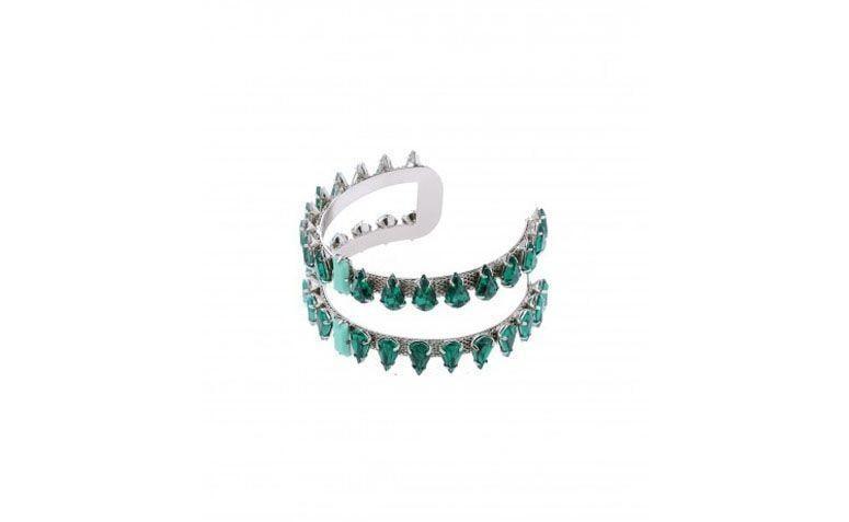 """Bracelete com aplicação de pedras sintéticas por R$169 na <a href=""""http://myglossacessorios.com.br/lojaonline/bracelete-gotas-verde.html"""" target=""""_blank"""">My Gloss Acessórios</a>"""