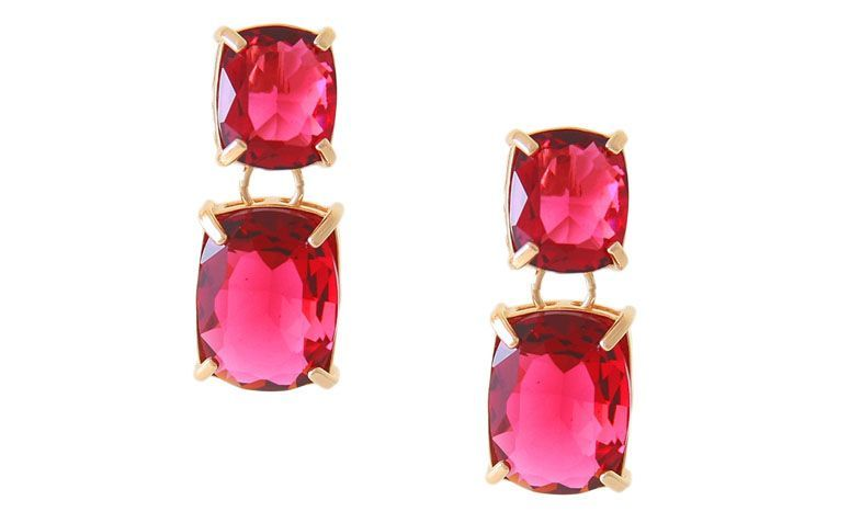 """Brinco médio com cristais vermelhos por R$84,25 no <a href=""""http://www.reidasjoias.com.br/produto/32048/brinco+hera+semi+joia+em+cristal"""" target=""""_blank"""">Rei Das Joias</a>"""