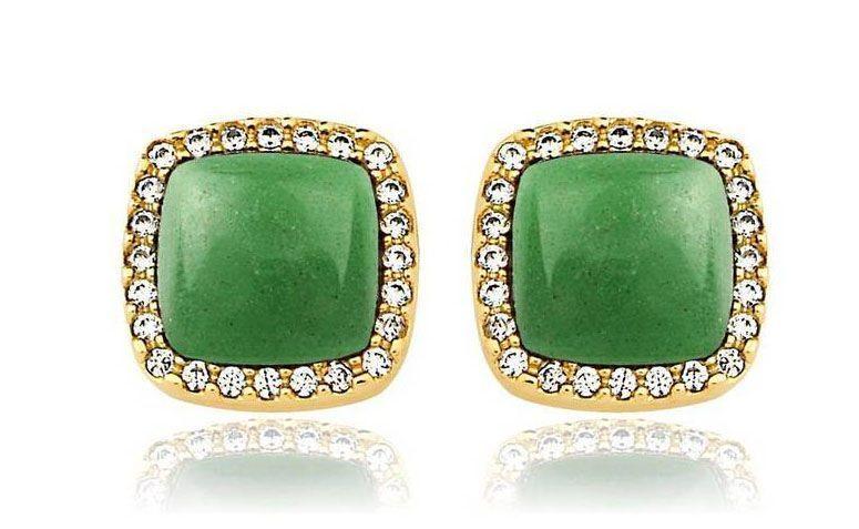 """Brinco com quartzo verde e zircônias por R$178,00 na <a href=""""http://www.toquedejoia.com/produto/01BO0660V00/brinco-semijoia-grume-quartzo-verde-e-zirconia"""" target=""""_blank"""">Toque De Joia</a>"""