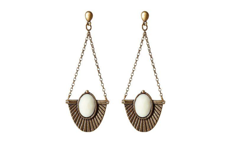 lange Ohrringe mit harzbeschichteten Stein Elfenbein für $ 42 in Love Too