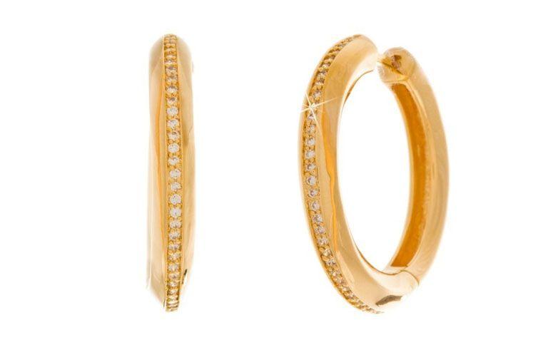"""Brinco argola folheado a ouro com zircônias por R$139,00 na <a href=""""http://www.franciscajoias.com.br/argola-alto-brilho-com-detalhes-em-zirconias-folheado-em-ouro-18k.html"""" target=""""_blank"""">Francisca Joias</a>"""