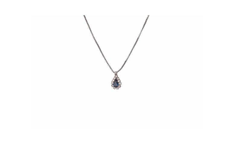 Zincir kolye ve Leylak Aksesuarları R $ 29.90 için Swarovski kristal kolye küçük damla