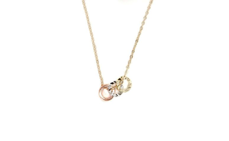 Halskette mit Anhänger für $ 17.91 in Loucas von Zubehör