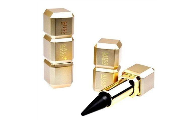"Kajal Miss Rôse por R$9,90 no <a href=""http://produto.mercadolivre.com.br/MLB-684961776-kajal-miss-rse-_JM"" target=""blank_"">Mercado Livre</a>"