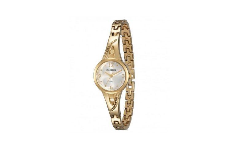 """Relógio dourado com pulseira estreita R$129 na <a href=""""http://www.eclock.com.br/relogio-mondaine/feminino/94666lpmvdm1-mondaine"""" target=""""_blank"""">Eclock</a>"""