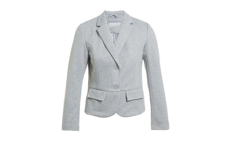 "Blazer mescla por R$239 na  <a href=""http://www.oqvestir.com.br/blazer-market-33-bolsos-cinza-59424.aspx/p"" target=""_blank"">OQ Vestir</a>"