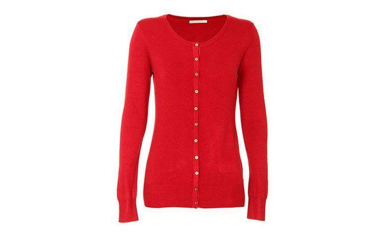 """Cardigã vermelho por R$69,99 <a href=""""http://www.passarela.com.br/passarela/produto/cardigan-basico-feminino-mooncity-vinho-6400883317-0"""" target=""""_blank"""">Passarela</a>"""