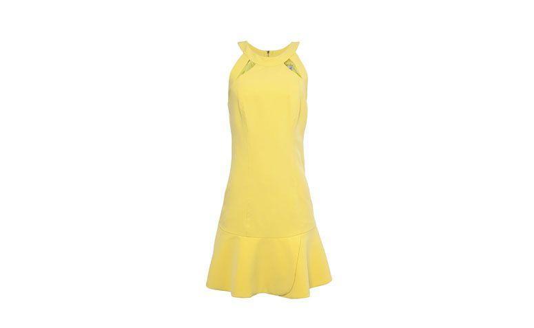 """Vestido baby doll amarelo por R$259 na <a href=""""http://www.oqvestir.com.br/vestido-shop-126-petalas---amarelo-54018.aspx/p"""" target=""""_blank"""">OQ Vestir</a>"""