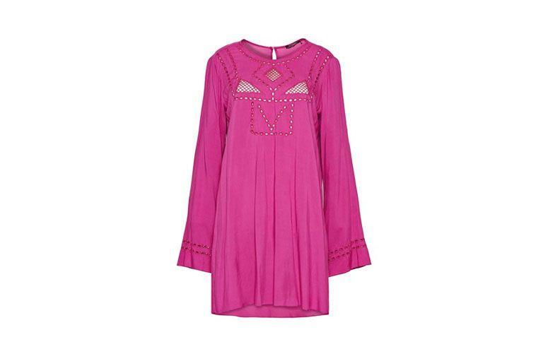 "Vestido túnica curto por R$179,95 na <a href=""http://www.tvz.com.br/camisa-bordado-linha-20112188-15/p"" target=""_blank"">TVZ</a>"