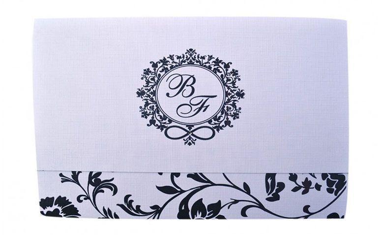 """Convite estampado com brasão por R$3,50 por unidade na <a href=""""http://www.papelconvite.com.br/convite-casamento-126.html"""" target=""""blank_"""">Papel Convite</a>"""