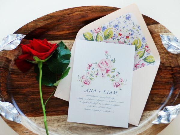 """Foto: Reprodução / <a href=""""http://ohsobeautifulpaper.com/2014/09/ana-liams-soft-floral-wedding-invitations/"""" target=""""_blank"""">Oh so beautiful paper</a>"""