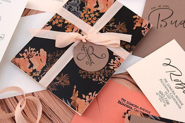 "Foto: Reprodução / <a href=""http://ohsobeautifulpaper.com/2014/06/diy-tutorial-autumn-floral-wedding-invitations/"" target=""_blank"">Oh so beautiful paper</a>"