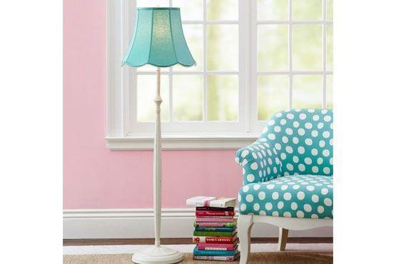 """Para quem gosta de cômodos mais """"fofos"""", as candy colors são a opção ideal."""