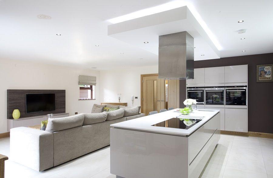 """Foto: Reprodução / <a href=""""http://www.houzz.com/photos/10230236/Contemporary-Kitchen-contemporary-kitchen-other-metro"""" target=""""_blank"""">Parkes Interiors</a>"""