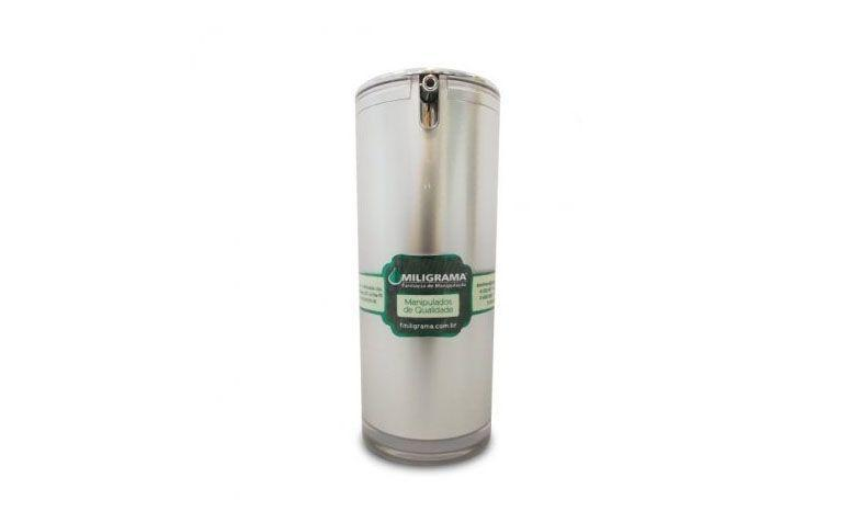 """Creme Facial com Superox-C por R$108 na <a href=""""http://www.fmiligrama.com.br/produto/1539-creme-facial-com-superoxc-5-30g"""" target=""""blank_"""">Farmácia Miligrama</a>"""
