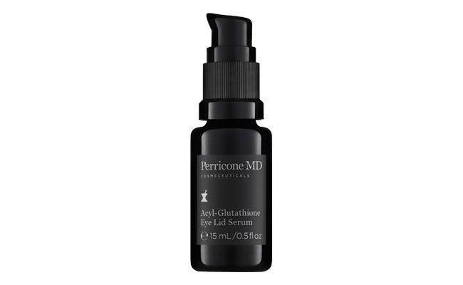 """Eye lid serum da Perricone MD por R$515 na <a href=""""http://www.sephora.com.br/perricone-md/tratamento/olhos/anti-envelhecimento-acyl-glutathione-eye-lid-serum-13758""""target=""""_blank"""">Sephora</a>"""