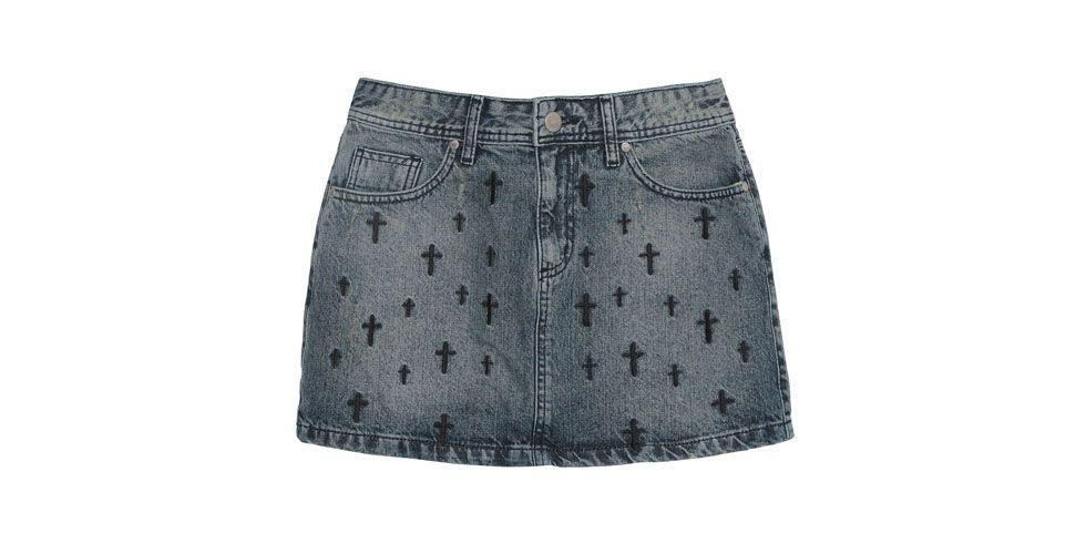 <p>Saia jeans com detalhes de cruz – Costume por R$209 na Loja OQvestir.</p>