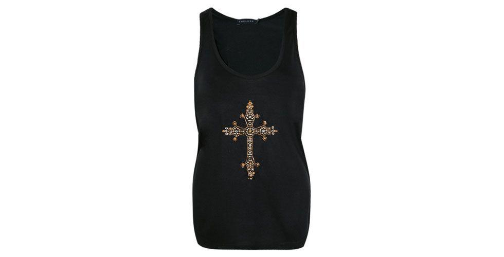 <p>Regata preta com aplicação de pedrarias em formato de cruz – Thelure POR r$209 NA Loja Dafiti.</p>