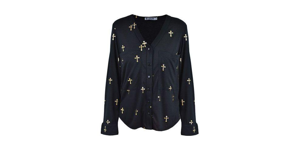 <p>Camisa preta com estampa de cruz dourada – Pash por R$269 na Loja Mag Online. </p>