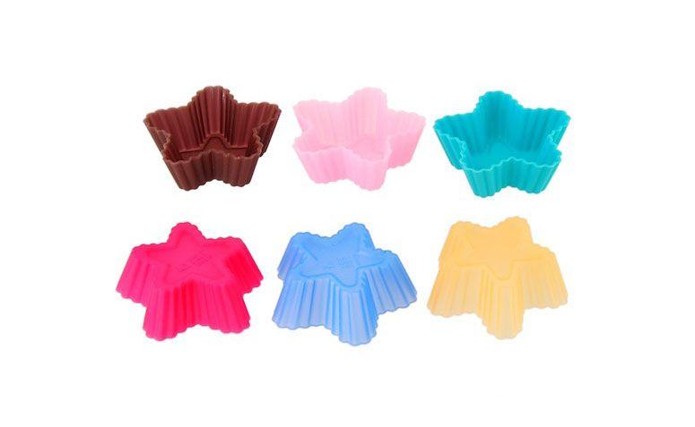 """Formas Cupcake Estrela - 20 unidades por R$34,56 na <a href=""""http://www.comprediretodachina.com.br/formas-cupcake-estrela-p3312"""" target=""""blank_"""">Compre Direto da China</a>"""