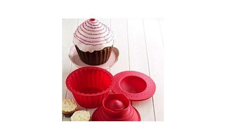 """Forma cupcake gigante por R$40,80 na <a href=""""http://www.reveetsucre.com.br/forma-cupcake-gigante-frete-gratis-pr-74-375684.htm"""" target=""""blank_"""">Revê et Sucré</a>"""