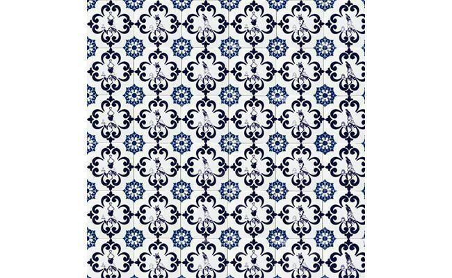"Adesivo para azulejo por R$ 4,90 na <a href=""http://lojaadesivarte.com/adesivos/adesivos-para-azulejos/adesivos-para-azulejo-antigo-azul"" target=""_blank"">Loja Adesivarte</a>"