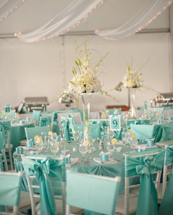 "Foto: Reprodução / <a href=""http://wonderfulweddingthemes.blogspot.com.br/2013/01/tiffany-blue-bling-wedding-theme.html"" target=""_blank"">Wonderful Wedding Themes</a>"