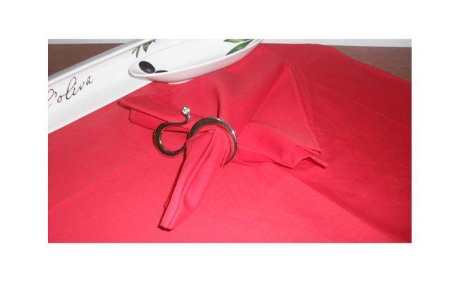Lautasliina punainen kangas $ 9.40 La Favelle
