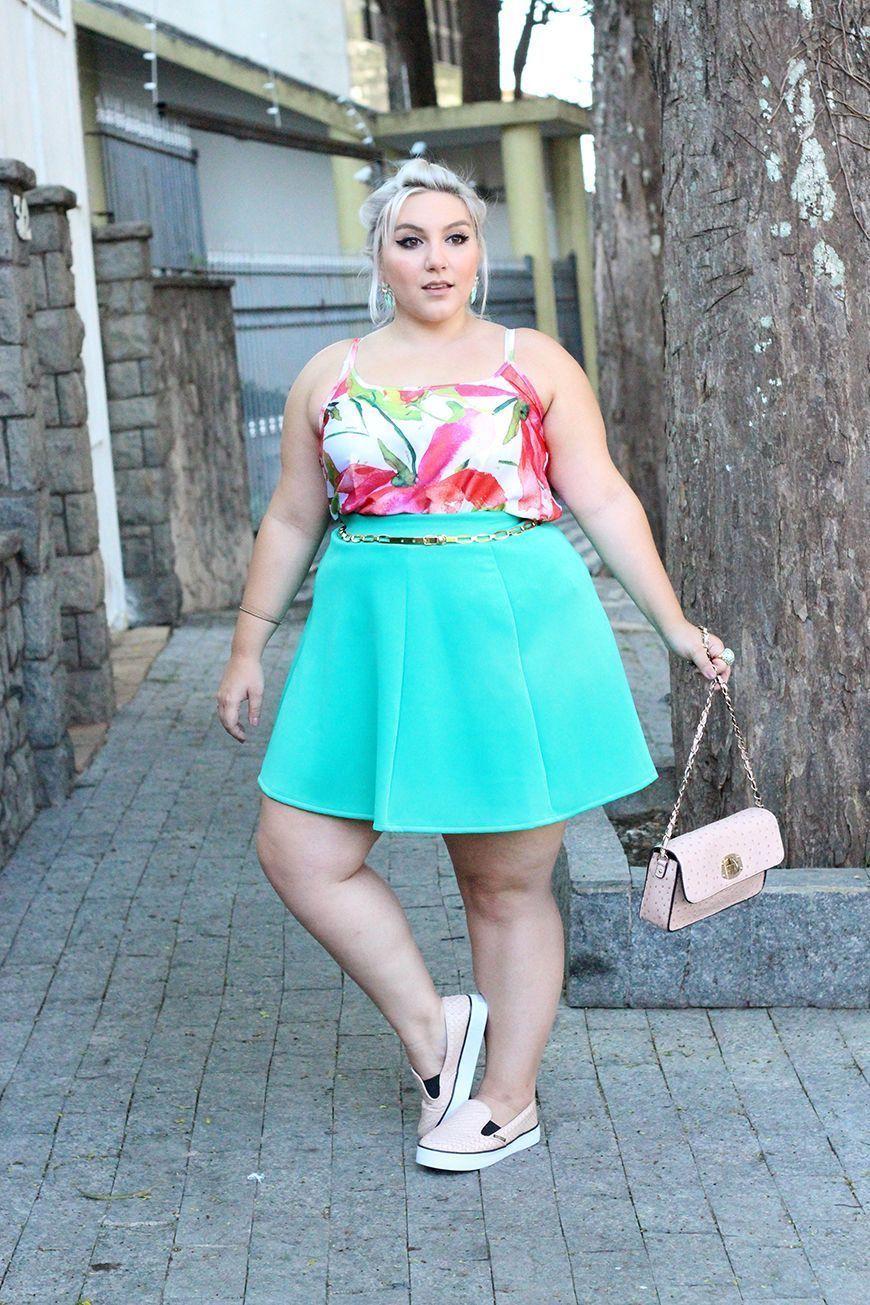 """Foto: Reprodução / <a href=""""http://juromano.com/looks/look-plus-size-confortavel-para-o-verao-e-com-precos-amigos"""" target=""""_blank"""">Ju Romano</a>"""