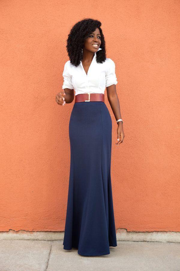 "Foto: Reprodução / <a href=""http://stylepantry.com/2015/10/07/white-button-down-shirt-high-waist-maxi-skirt/"" target=""_blank"">Style Pantry</a>"