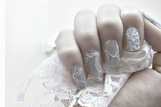 A renda nas unhas tem tudo a ver com noivas sensuais