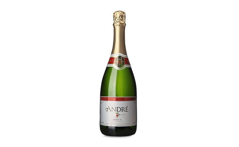 "Espumante André California por R$34,00 na <a href=""https://www.wine.com.br/prod10291.html"" target=""blank_"">Wine</a>"