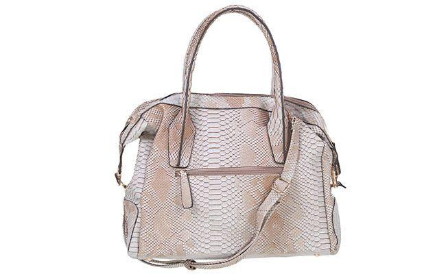 """Bolsa de cobra Mondaine por R$187 na <a href=""""http://www.glamour.com.br/bolsa-mondaine-material-sintetico-cinza-estampa-cobra-201181/p"""" target=""""blank_"""">Glamour</a>"""
