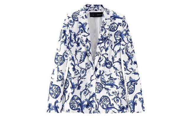 """Blazer feminino com estampa de cerâmica por R$99,90 na <a href=""""http://www.roupasfemininasloja.com.br/318-blazer-feminino-estampa-ceramica-azuleijo-tendencia-primavera-verao.html"""" target=""""_blank"""">Roupas Femininas Loja</a>"""