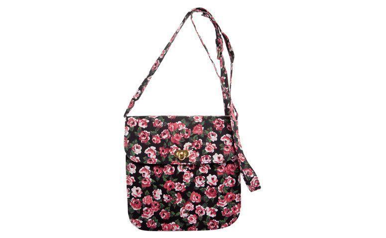حقيبة FiveBlu لل98،99 $ في Dafiti