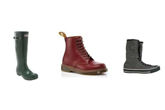 Opte pelos calçados confortáveis e que protegem bem os pés como a galocha, o coturno e os tênis.