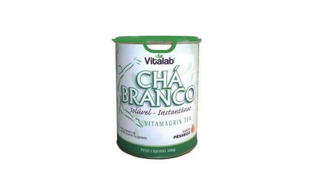 "Chá branco por R$24,90 na <a href=""http://www.homemdaterra.com.br/cha-branco-soluvel-200g-vitalab-pessego-p65997/"" target=""blank_"">Homem da Terra</a>"