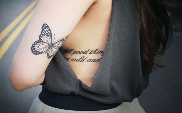 """3.Foto: Reprodução / <a href=""""http://capricho.abril.com.br/blogs/itgirls/colunadagi-as-minhas-tattoos-e-seus-significados/"""" target=""""_blank"""">Giovanna Ferrarezi</a>"""