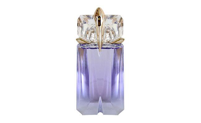 """Alien Aqua Chic Thierry Mugler por R$186 na <a href=""""http://www.sephora.com.br/thierry-mugler/perfumes/feminino/alien-aqua-chic-feminino-eau-de-toilette-17688"""" target=""""blank_"""">Sephora</a>"""