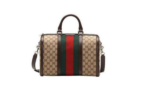 A faixa verde e vermelha é característica das bolsas da Gucci. Foto: Reprodução.