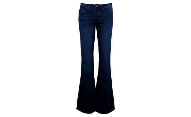"""Calça flare Shoulder po R$198 na <a href=""""http://www.dafiti.com.br/Calca-Jeans-Shoulder-One-Flare-Azul-1442855.html"""" target=""""blank_"""">Dafiti</a>"""