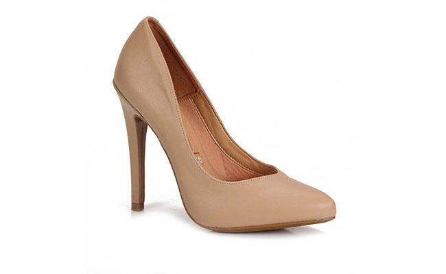 """Sapato de salto Vizzano po R$99,99 na <a href=""""http://www.passarela.com.br/feminino/produto/6030347004/Scarpin-Vizzano-1176100---Bege/"""" target=""""blank_"""">Passarela</a>"""