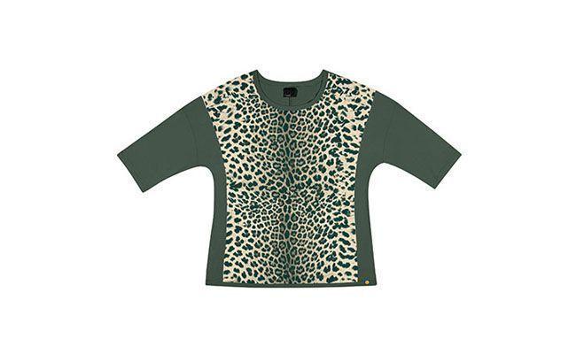 """Blusa com estampa de oncinha por R$77,99 na <a href=""""http://www.lunenderstore.com/roupas-plus-size/blusa-de-manga-comprida-preto-reativo-9.html"""" target=""""blank_"""">Lunender</a>"""