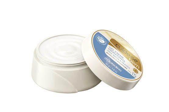 Hidrata a pele em diferentes condições de temperatura e umidade, contém FPS 15, proteção UVA e exclusivo  Complexo Fruto Sinérgico PLUS com derivados vegetais de uva, ginkgo biloba e laranja (R$ 29,90 - no Boticário)