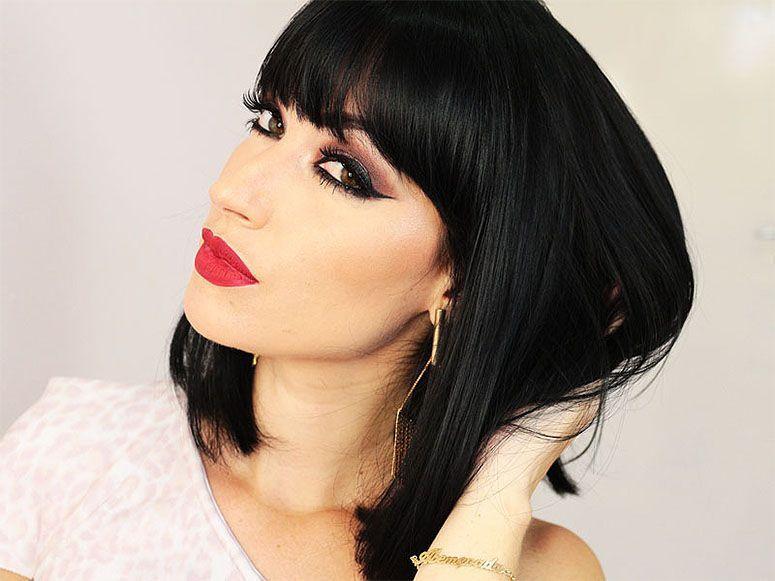 """Foto: Reprodução / <a href=""""http://www.janasabrina.net/2014/12/tutorial-de-maquiagem-para-o-reveillon/"""" target=""""blank_"""">Jana Sabrina</a>"""