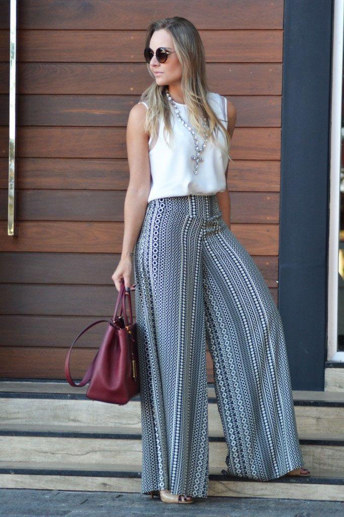 """Foto: Reprodução / <a href=""""http://laylamonteiro.com/look-do-dia-calca-pantalona/"""" target=""""_blank"""">Layla Monteiro</a>"""