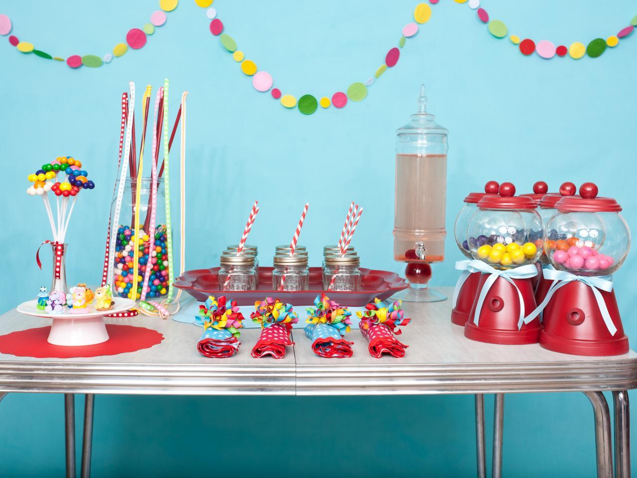 "Foto: Reprodução / <a href=""http://www.hgtv.com/design/make-and-celebrate/entertaining/diy-favors-and-decorations-for-kids-birthday-parties-pictures"" target=""_blank"">Hgtv</a>"