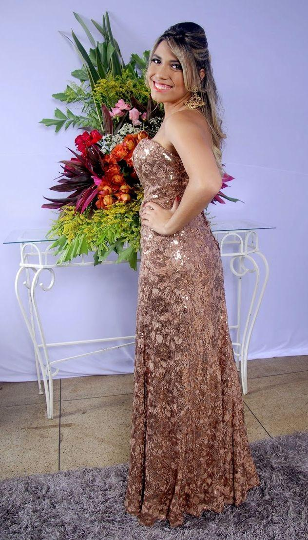 """Foto: Reprodução / <a href=""""http://anapaulabeltrao.blogspot.com.br/2014/06/meu-look-formatura-ensino-medio.html"""" target=""""_blank"""">Ana Paula Beltrão</a>"""